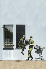 Banksy Solider Thieves Android Wallpaper