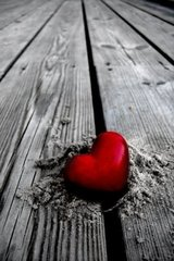 Love Heart Wood Android Wallpaper